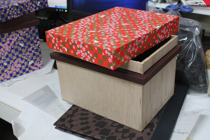 ベニア板箱