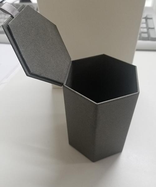 縦型6角箱
